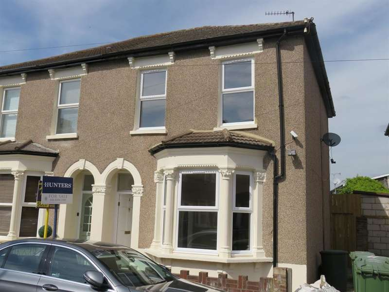 3 Bedrooms End Of Terrace House for sale in Queens Road, Welling, Kent, DA16 3EA