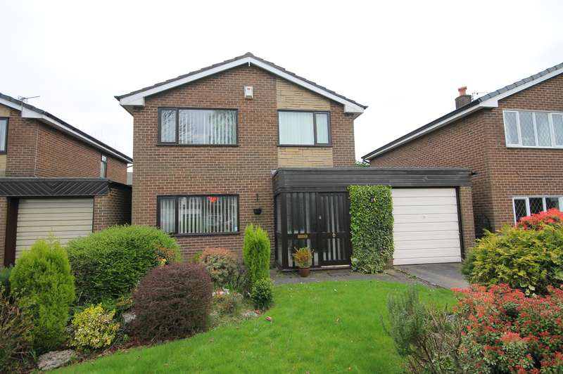 3 Bedrooms Detached House for sale in Walker Close, Kearsley, Bolton, BL4 8QZ