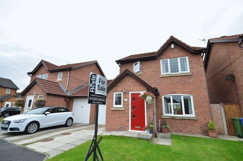 3 Bedrooms Detached House for sale in 10 Verbena Drive, Preesall, Lancs FY6 0EF