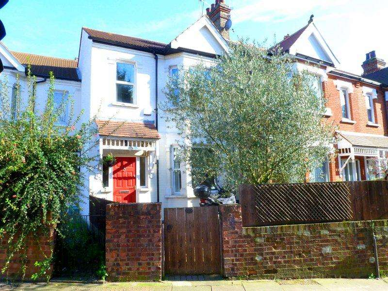 3 Bedrooms Terraced House for sale in Windmill Road, Ealing
