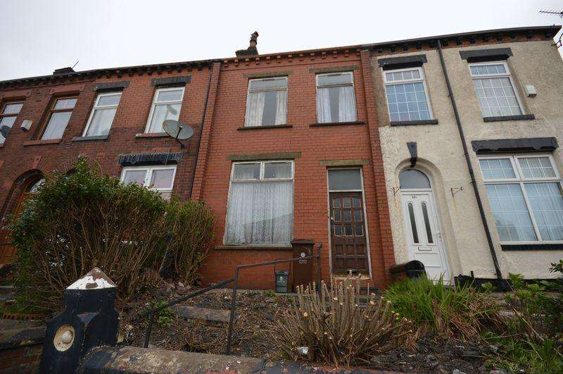 2 Bedrooms Terraced House for sale in Lees Road, Oldham