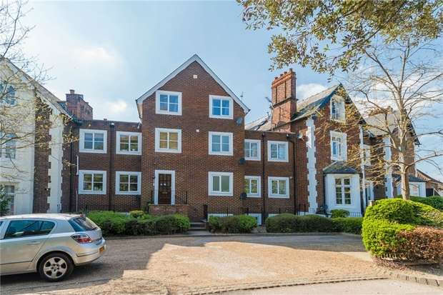 2 Bedrooms Flat for sale in Upton Park, SLOUGH, Berkshire