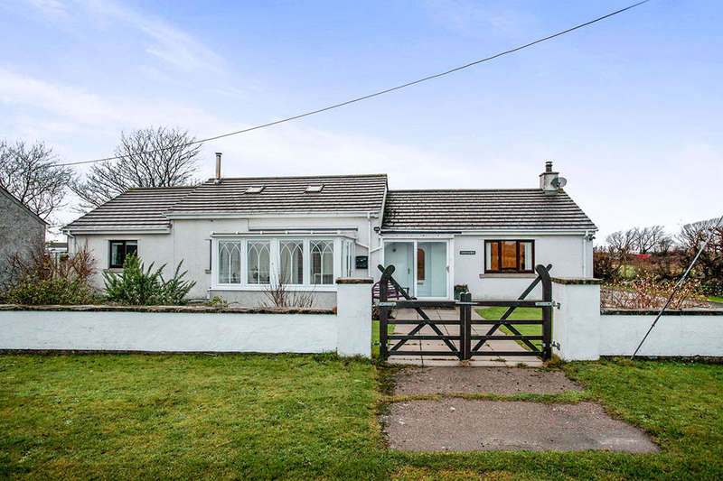 2 Bedrooms Detached Bungalow for sale in Newtown, Silloth, Wigton, CA7
