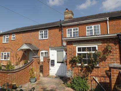 2 Bedrooms Terraced House for sale in Broughton, Stockbridge, Hampshire
