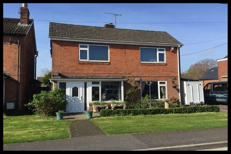 6 Bedrooms Detached House for sale in Wood Road, Ashurst