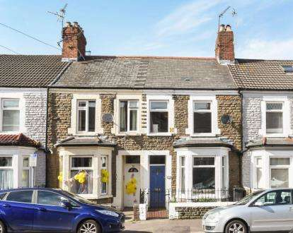 2 Bedrooms Terraced House for sale in Glenroy Street, Roath, Cardiff