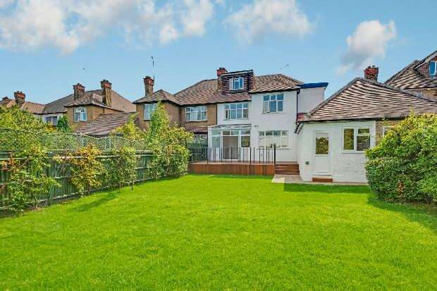 5 Bedrooms Unique Property for sale in Anson Road, Cricklewood, NW2