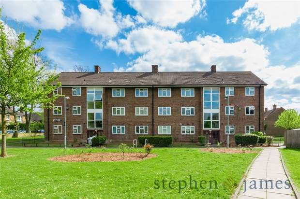 2 Bedrooms Flat for sale in Petrel Court, Croxted Road, West Dulwich, London