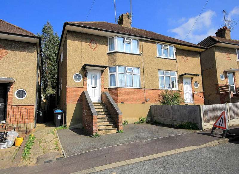 2 Bedrooms House for sale in EXTENDED 2 BEDROOM SEMI-DETACHED IN Corner Hall Avenue, HP3