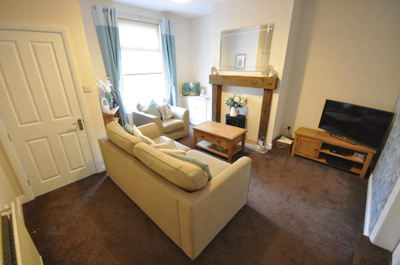 3 Bedrooms Terraced House for sale in Flett Street, Preston, Lancashire, PR2 2RX