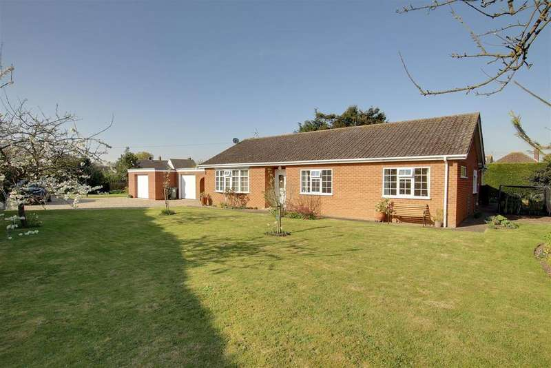 4 Bedrooms Detached Bungalow for sale in April Lodge 8a Tothby Lane, Alford