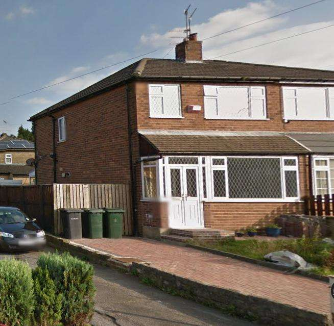 3 Bedrooms Semi Detached House for sale in Pasture Close, Clayton
