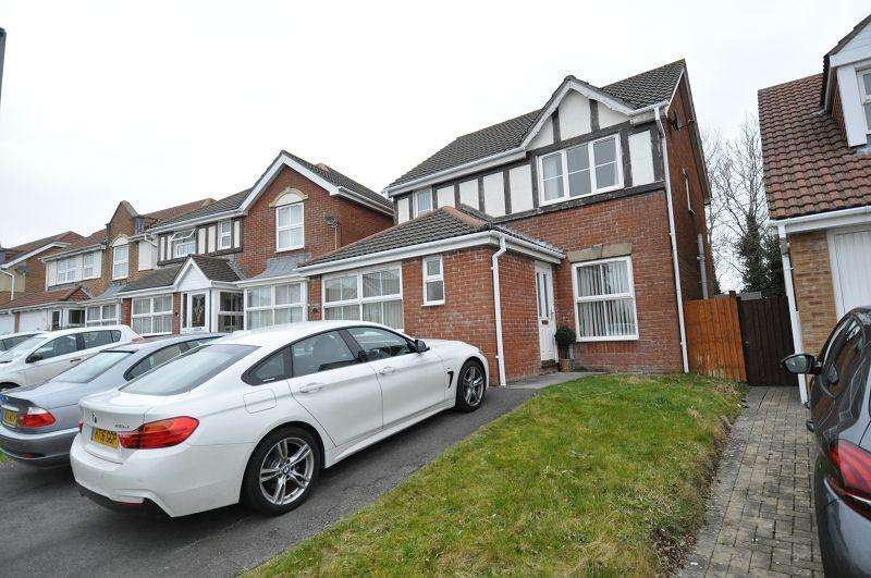 3 Bedrooms Detached House for sale in 20 Glas Y Llwyn, Pencoedtre Village, Barry, The Vale Of Glamorgan. CF63 1DD