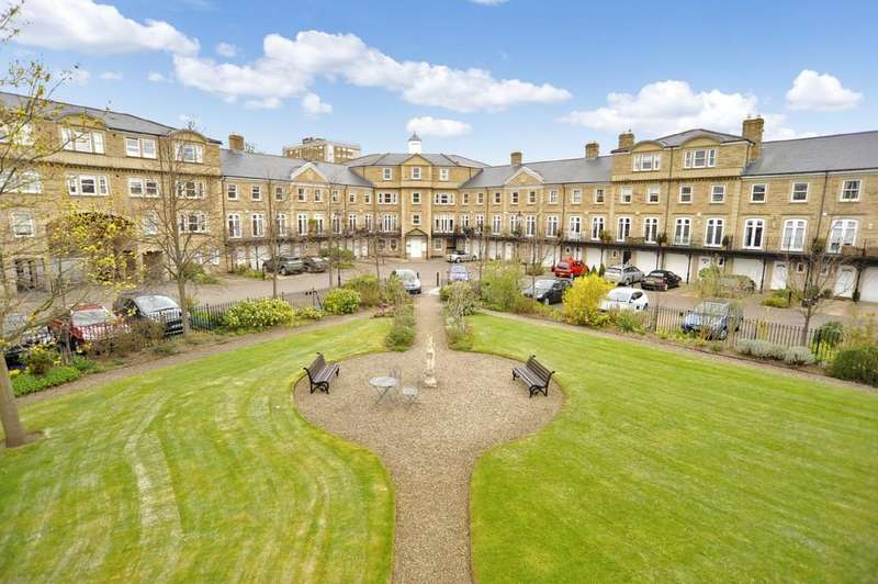 3 Bedrooms Town House for sale in Queens Gate, Harrogate