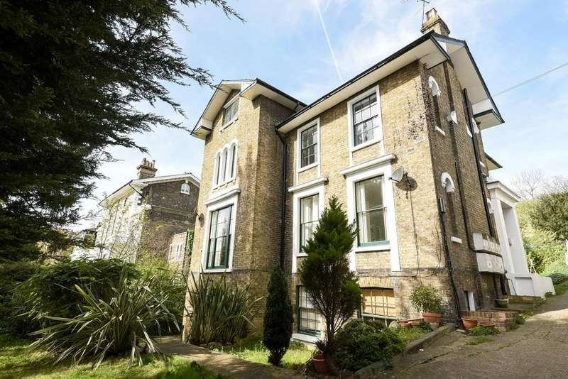 1 Bedroom Flat for sale in Honor Oak Road, Forest Hill, SE23