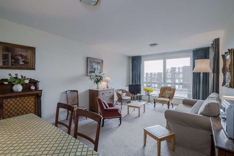 2 Bedrooms Apartment Flat for sale in Holyport Road, Fulham