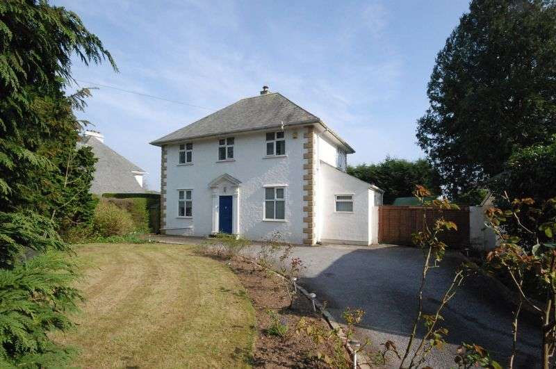 3 Bedrooms Detached House for sale in Tavistock Road, Derriford, Plymouth. Located in this exceptional location 3 bedroomed detached home.