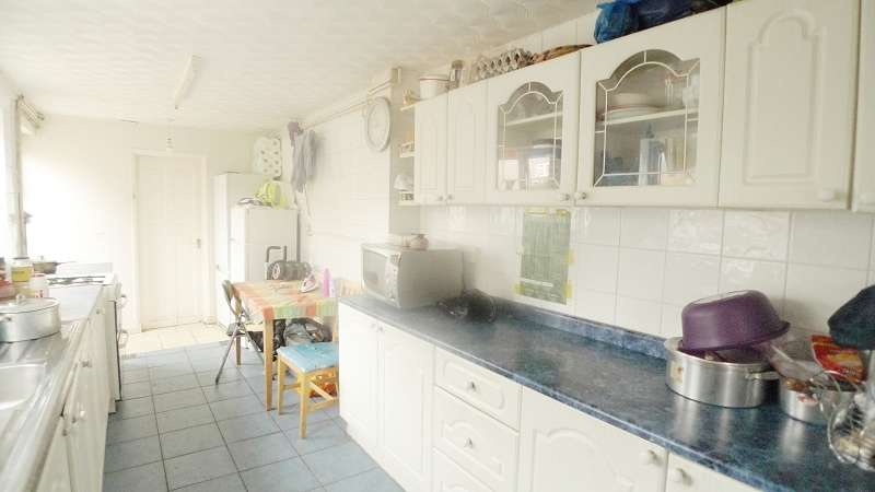 3 Bedrooms End Of Terrace House for sale in Taverners Road, Peterborough, Cambridgeshire. PE1 2JP