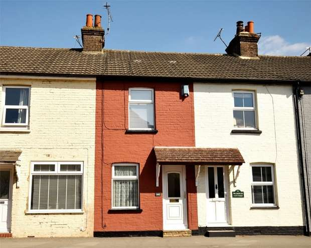 2 Bedrooms Terraced House for sale in 146 London Road, Dunton Green, Sevenoaks, Kent
