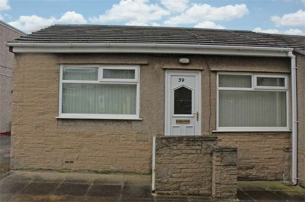 1 Bedroom Semi Detached Bungalow for sale in Old Hall Close, Morecambe, Lancashire