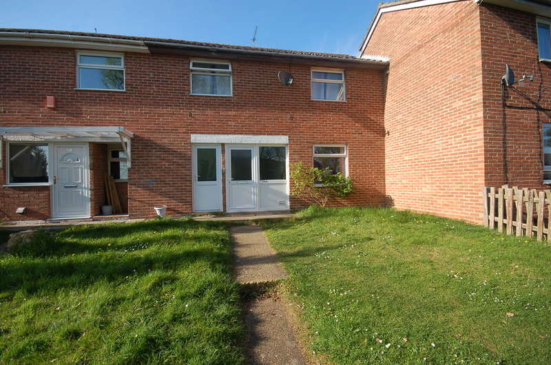 3 Bedrooms Terraced House for sale in Elm Road, Thetford