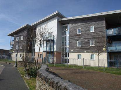 1 Bedroom Flat for sale in Vyvyans Court, Camborne, Cornwall