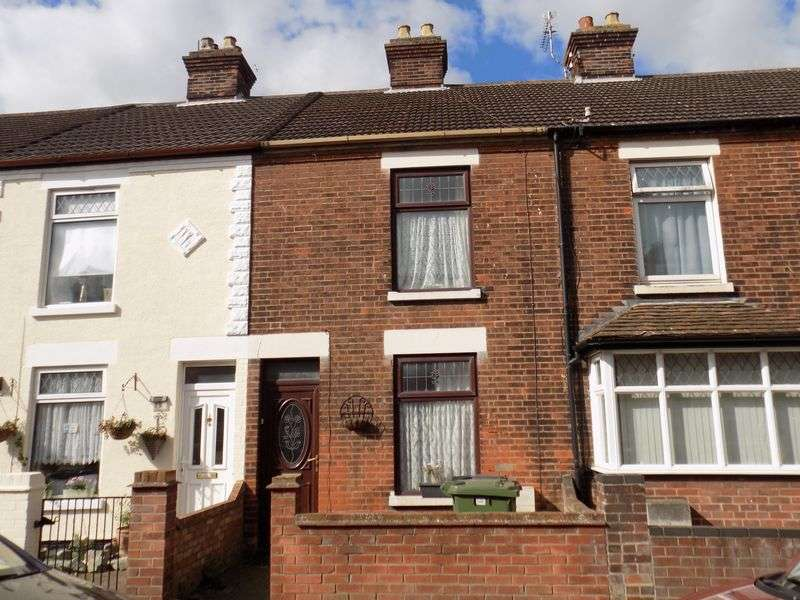 3 Bedrooms Terraced House for sale in Wolseley Road, Southtown, Great Yarmouth