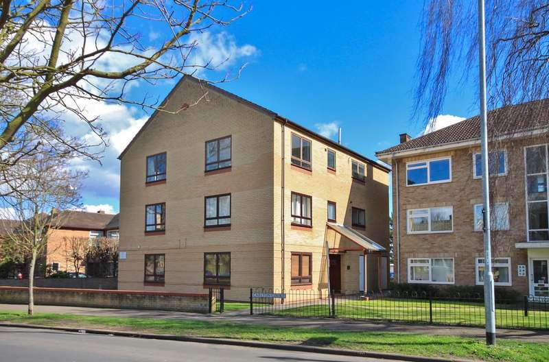 3 Bedrooms Ground Flat for sale in Carlton Way, Cambridge