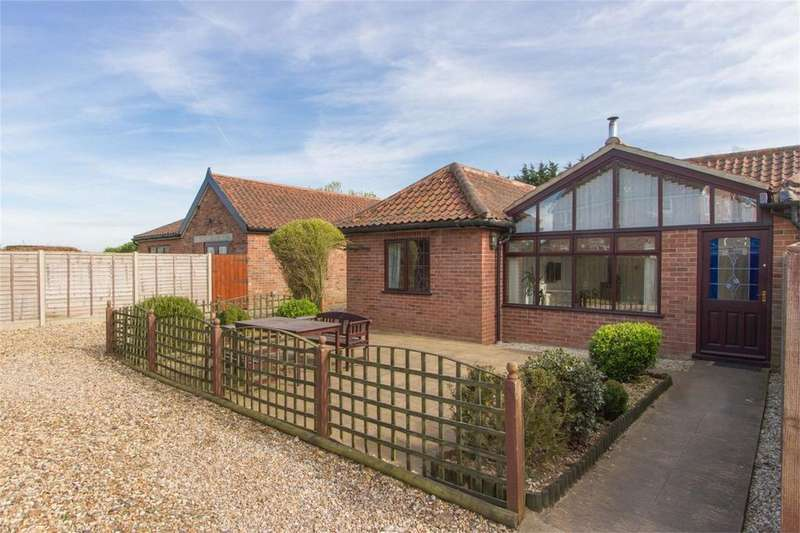 4 Bedrooms Detached Bungalow for sale in Silver Street, Besthorpe, Attleborough, Norfolk