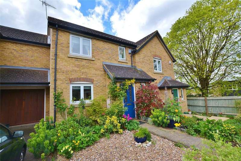 3 Bedrooms Terraced House for sale in Richfield Road, Bushey, Hertfordshire, WD23