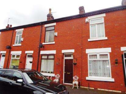 2 Bedrooms Terraced House for sale in Johnson Street, Pendlebury, Swinton, Manchester