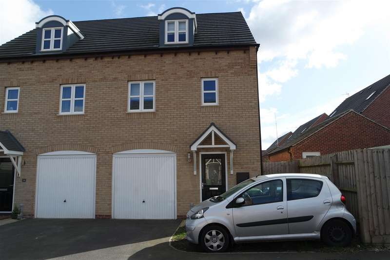3 Bedrooms Property for sale in Waterfield Avenue, Warsop, Mansfield