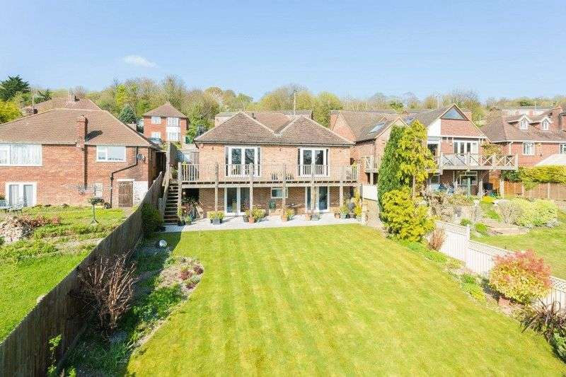 4 Bedrooms Detached House for sale in Middlebrook Road, High Wycombe