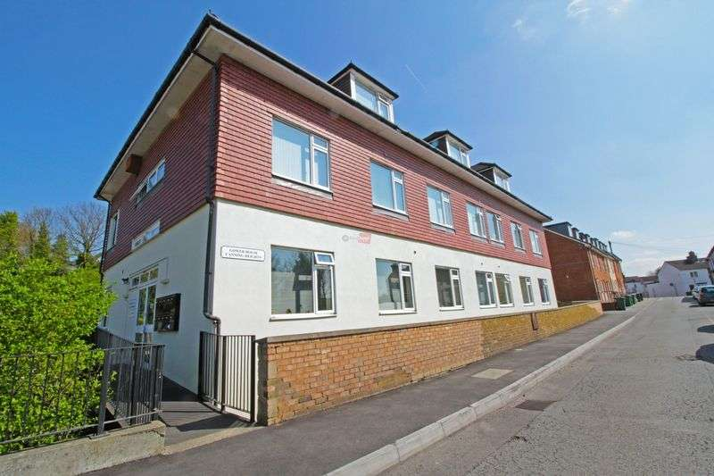 2 Bedrooms Flat for sale in Canning Street, Maidstone
