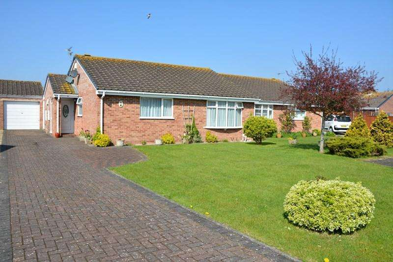 3 Bedrooms Semi Detached Bungalow for sale in Harbourne Close, Burnham-On-Sea