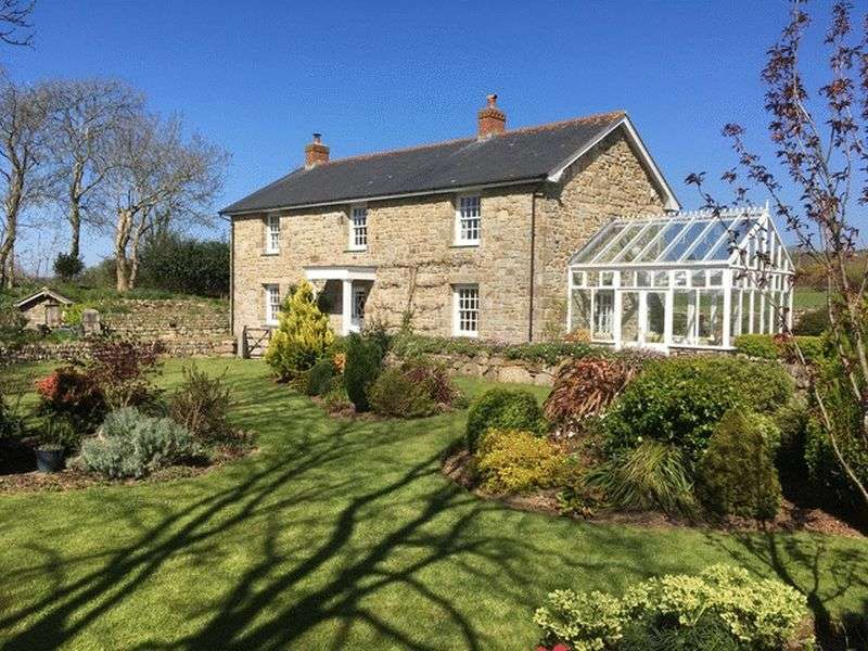 3 Bedrooms Detached House for sale in Nancegollan, Helston