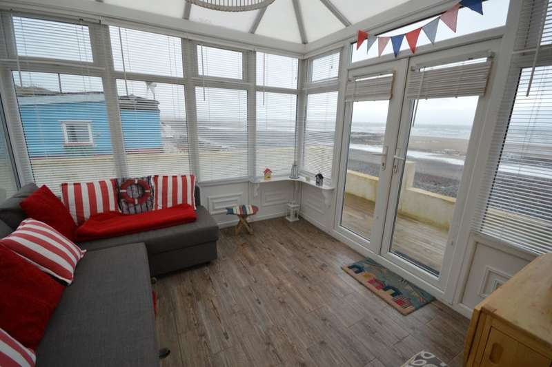 2 Bedrooms Bungalow for sale in (on The Beach), Braystones, Beckermet, CA21