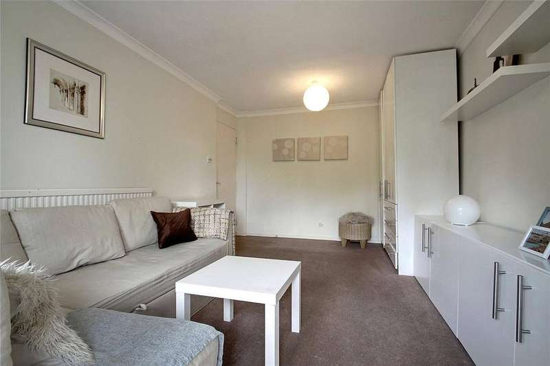 3 Bedrooms Apartment Flat for sale in Union Road, Northolt, UB5
