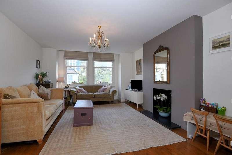 3 Bedrooms Flat for sale in Gordon Road, Ealing, W5
