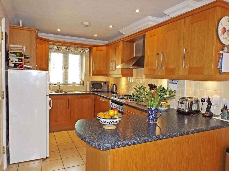 4 Bedrooms Town House for sale in St James Meadow, Norwich, Norfolk, NR3