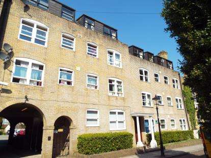 2 Bedrooms Flat for sale in Cranbury Terrace, Southampton, Hampshire