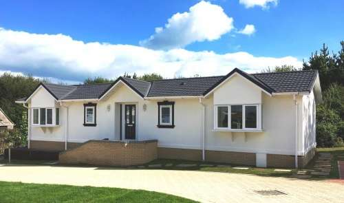 2 Bedrooms Park Home Mobile Home for sale in Montevideo Park,, Weymouth