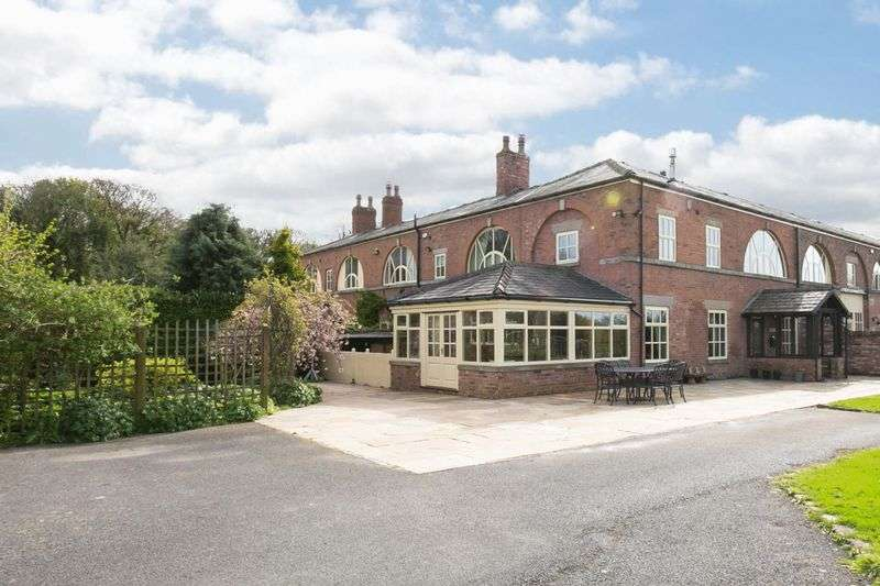 4 Bedrooms Semi Detached House for sale in Wood Bank Park Farm, Croston Drive, Rufford, L40 1ST