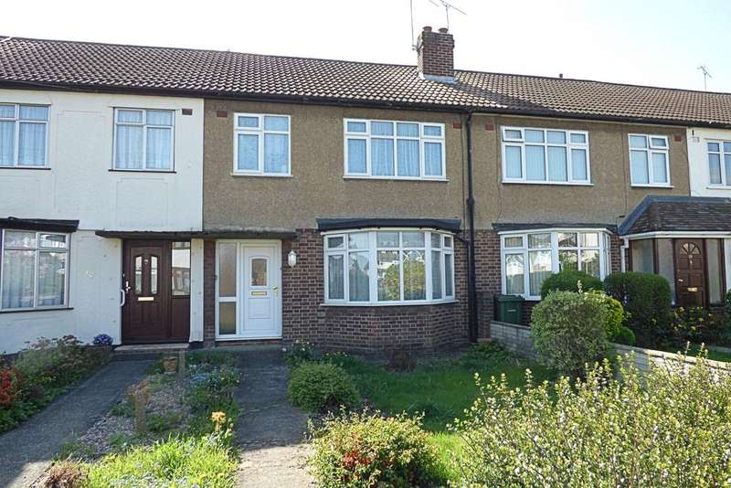 3 Bedrooms Semi Detached House for sale in Isis Drive, Upminster RM14