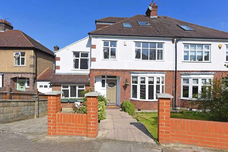 5 Bedrooms Semi Detached House for sale in Skeena Hill, SW18