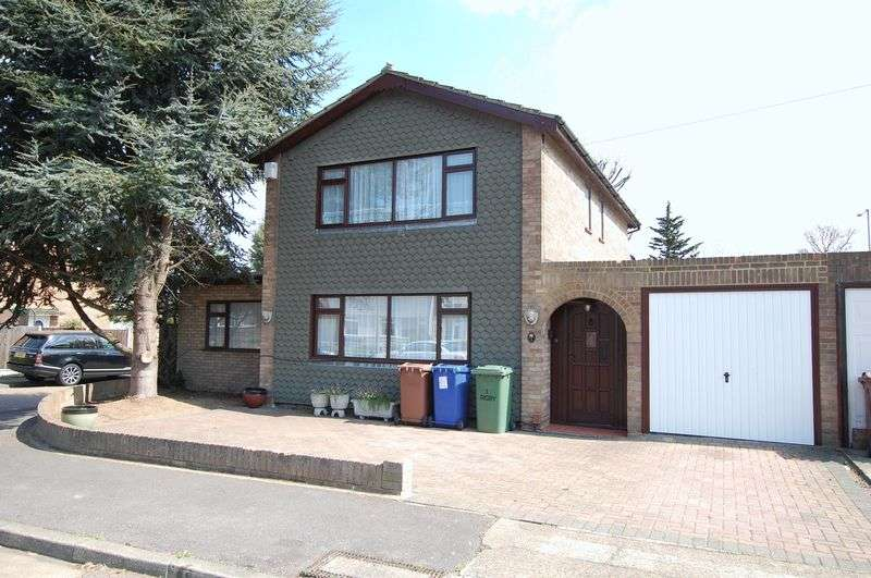 3 Bedrooms Detached House for sale in Chadwell St Mary