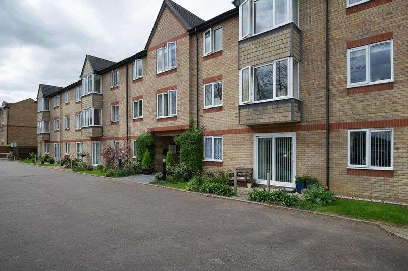 1 Bedroom Retirement Property for sale in Old Market Court, St. Neots