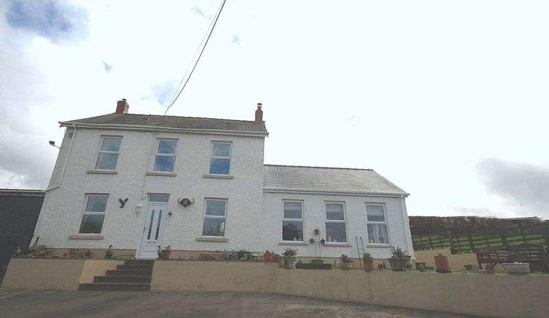 3 Bedrooms Detached House for sale in Park Farm, Pontyberem, Llanelli, SA15 5LR