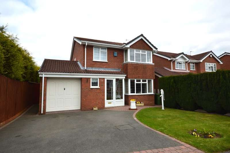 4 Bedrooms Detached House for sale in Lytham Road, Perton, Wolverhampton, WV6