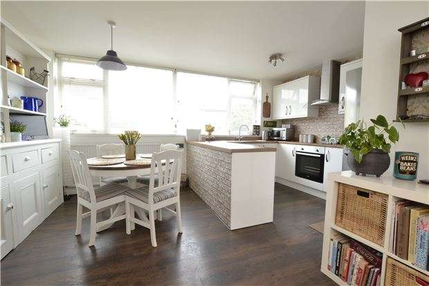 3 Bedrooms Semi Detached House for sale in Tereslake Green, BRISTOL, BS10 6LT